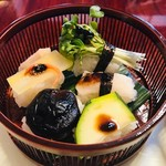 昭八 - 上段(野菜のにぎり)