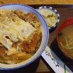 108950079 - 煮カツ丼500円