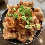 楽 - 皮カリカリ丼