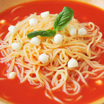 パルミジャーノレッジャーノとモチモチ生パスタ チャオ - 【トマトソース】じっくり煮込んだイタリアントマトソースとモッツァレラ