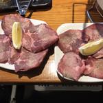 炭火焼肉いち鈴 - 厚切りタン 850円×2