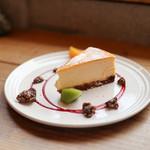 ベースコーヒー - 料理写真:自家製チーズケーキ☆