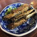 108969198 - 小鰯の生姜煮がまた甘辛い味付けで生ビールがぐびぐびいけちゃいます。(^_^)