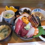10897138 - 海鮮丼ランチ