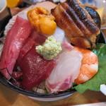 10897152 - 海鮮丼アップ(その1)