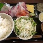 魚喰食堂 ときしらず - 刺身定食 ¥1,000
