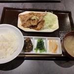旨焼 もぐり - 生姜焼き定食(ご飯少なめで)