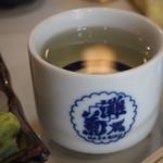 勝三寿司 - 燗酒(灘菊)
