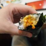 勝三寿司 - ウニ巻