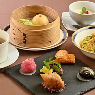 広東料理を洋風にアレンジした新感覚の料理