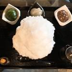 阿左美冷蔵 - 蔵元秘伝みつ 極みスペシャル小豆あん+白あん+抹茶あんを上から