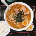 渡辺 - 料理写真:漢方ラーメン全部のせ