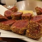馬肉料理・まぐろと日本酒の店 赤味処馬ぐろ - 馬肉ヒレカツ