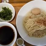 UMAMI SOUP Noodles 虹ソラ - 冷たい味玉ザル