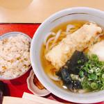 自家製うどん・天丼 中西 - 料理写真:ちく玉天うどん・かやく御飯セット