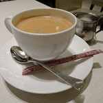 千疋屋総本店 - マンゴーカレーライスにセットのコーヒー