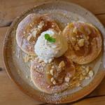 カフェ 桜コ.. - シナモンと林檎のパンケーキ