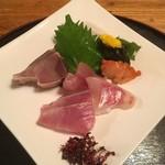甚平 - 料理写真:本日のお造り盛り合わせ