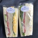 トレファン - 料理写真:ゴルフ前の朝食はサンド2個のみ