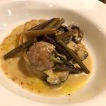 ビストロ felice - 3種の前菜(花見牡蠣のクリームソース)