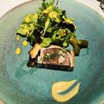 109059069 - ジビエのパテアンクルート ヒグマ 鹿 鴨 フォアグラ 季節の野菜 マスタードソース