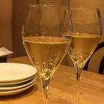 109059851 - スパークリングワイン