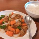 Tenfuen - ◆鶏肉の甘酢炒め+水餃子 980円