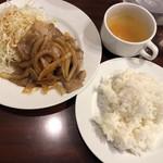 小松屋 - しょうが焼き定食@850円