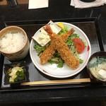 佐賀昇 - 大海老フライ定食(1100円)