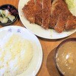 燕楽 - 料理写真:ロースカツランチ