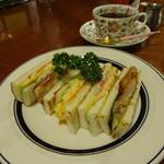 青山コーヒー舎 -  ホットサンドイッチが5種類