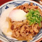 丸亀製麺 - 牛とろ玉うどん(玉とろ)