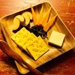 チーズ3種盛り合わせ(クセなし or クセあり)