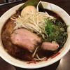 なんつッ亭 - 料理写真:味玉ラーメン(黒マー油豚骨醤油)‥850円