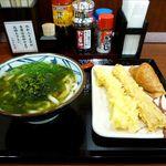 丸亀製麺 - 海苔かけうどん並+いか天+ちくわ天+いなり(640円)