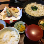 ひらのや - 天ぷら釜揚げうどん 1,190円