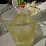 おか田 - (2011/11月)果実酒だっけな?