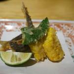 109101929 - 稚鮎、とうもろこし、シシトウの天ぷら