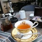 109107137 - 紅茶はおかわり自由