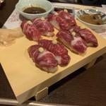 馬肉料理 吉兆 - 肉寿司