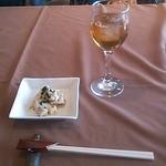 10911323 - ブドウジュース(白) 鶏肉とリンゴのサラダ