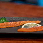 飛騨季節料理 肴 - 2019.6 サクラマスの冷燻とニジマスの冷燻