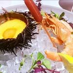 109117012 - 雲丹のフランと車海老の海老味噌ソース