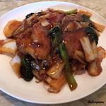 Kantonchuubou - Spécialité 拝骨焼麺