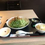 鶏贅沢 青蓮 -