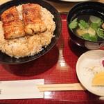 万平 - うなぎ丼(お吸い物、香の物付き) (2019.5月)
