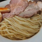 109123734 - 「特製つけ麺(特盛400g)」の麺