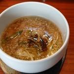 109123735 - 「特製つけ麺(特盛400g)」のつけ汁