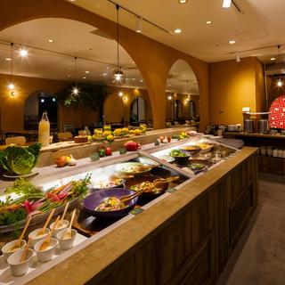 EATLOCCALYをコンセプトに旬や地元の食材にこだわる。