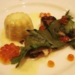ちびムージャン - キノコのムースとカキのオーブン焼